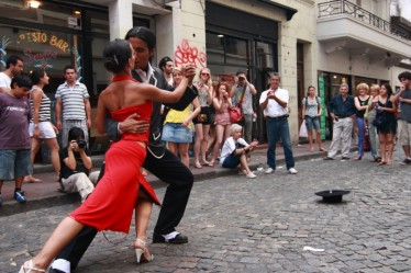A-pair-of-tango-dancers-perform-on-February-25-2009-in-San-Telmo-in-Buenos-Aires-Argentina.-The-tango-dance-originated-from-Buenos-Aires-and-Montevideo-Uruguay-805x538.jpg